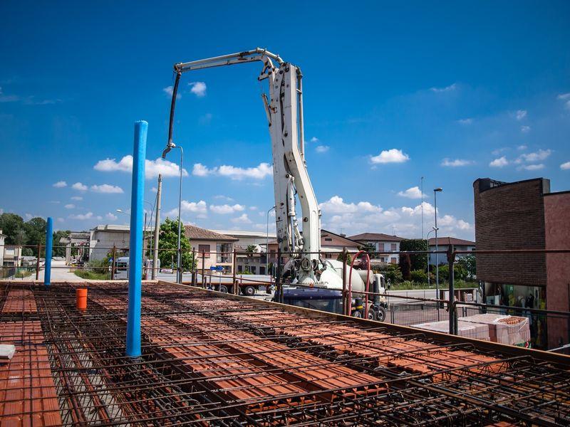 Toupie beton castorama stunning camion bton toupie - Prix toupie beton ...
